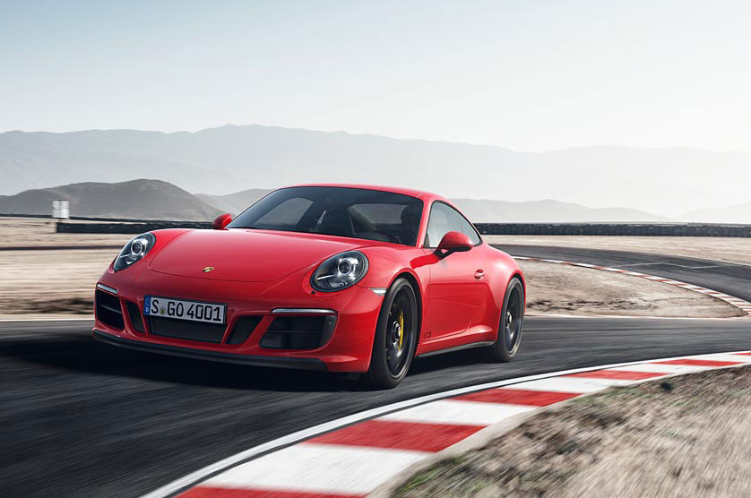 2017 Porsche 911 Carrera GTS Coupe Front Three Quarter