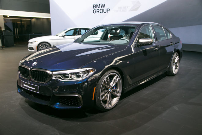 2018 BMW M550i XDrive Front Three Quarter 660x440