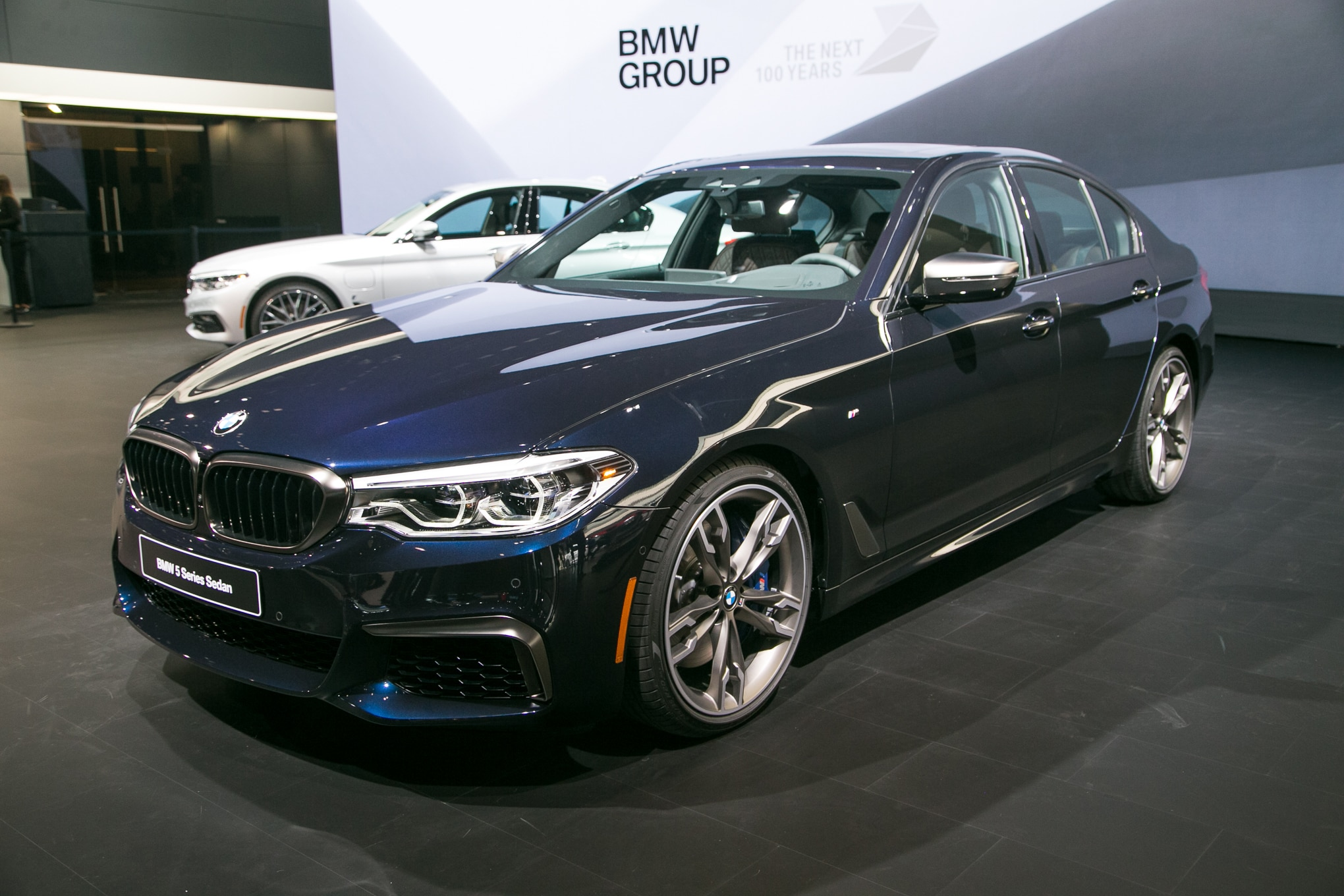 2018 BMW M550i XDrive Front Three Quarter