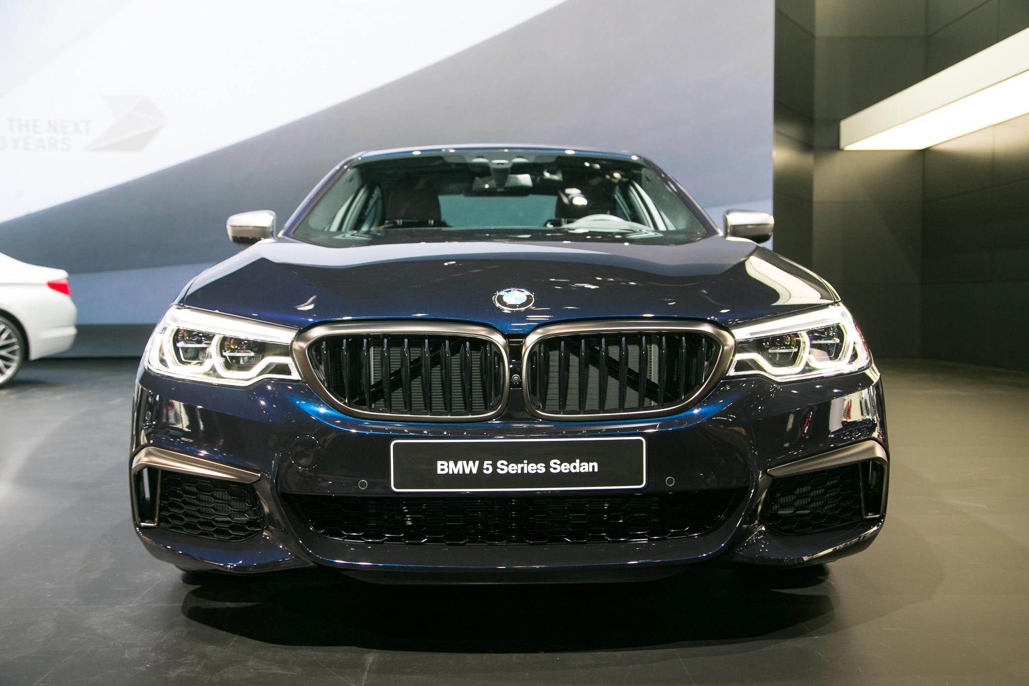 2018 BMW M550i XDrive Front View