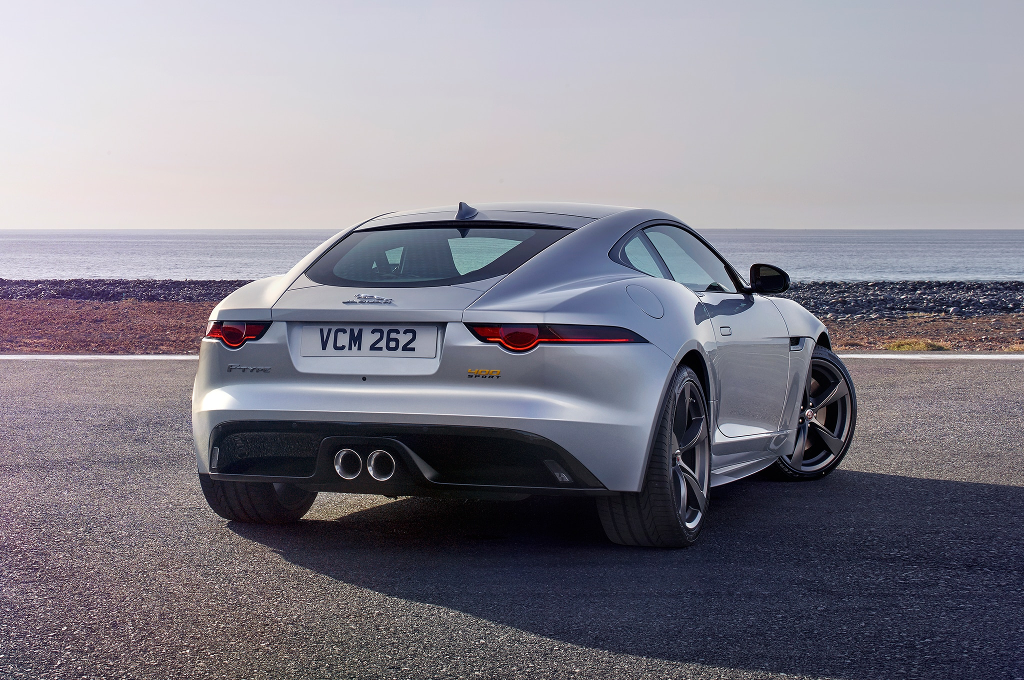 jaguar unveils facelifted 2018 f type automobile magazine. Black Bedroom Furniture Sets. Home Design Ideas