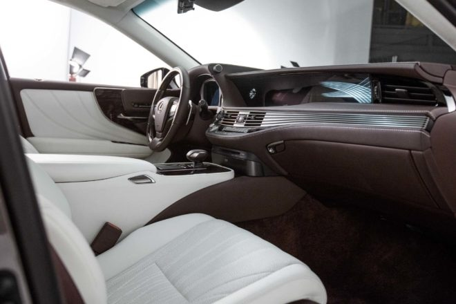 2018 Lexus LS 500 interior view