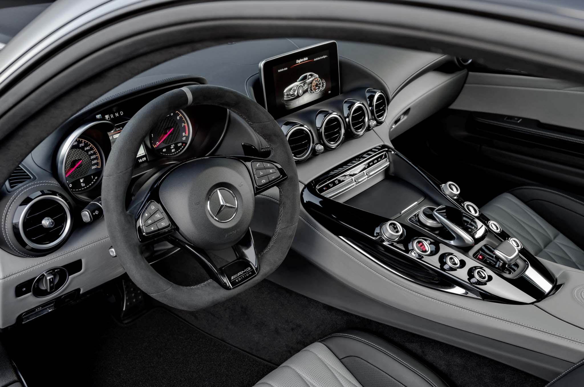 2018-Mercedes-AMG-GT-C-Coupe-Edition-50-