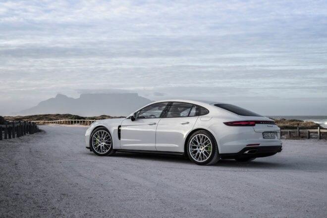 2018 Porsche Panamera 4 E Hybrid 35
