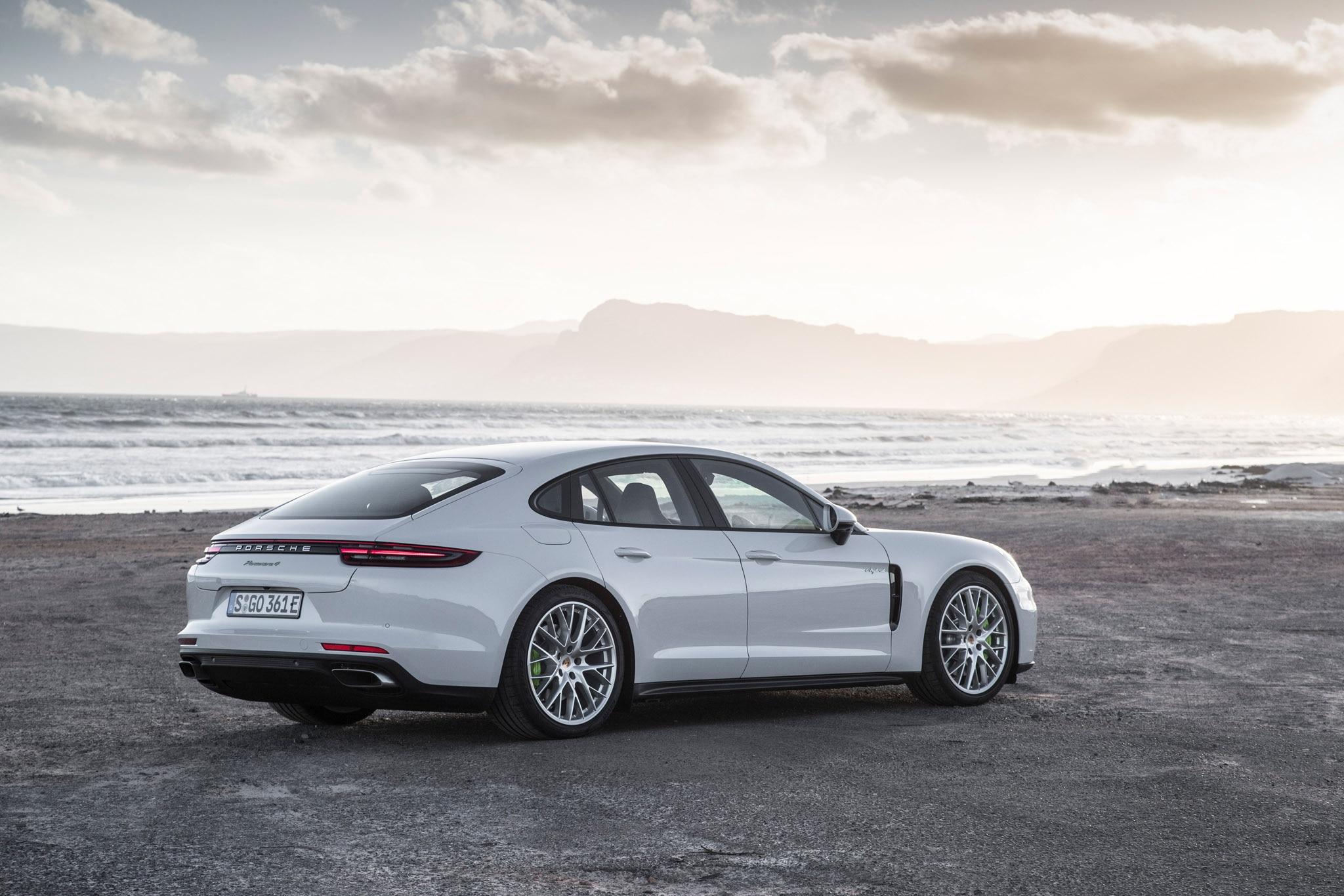 2018 Porsche Panamera 4 E Hybrid Beach Side