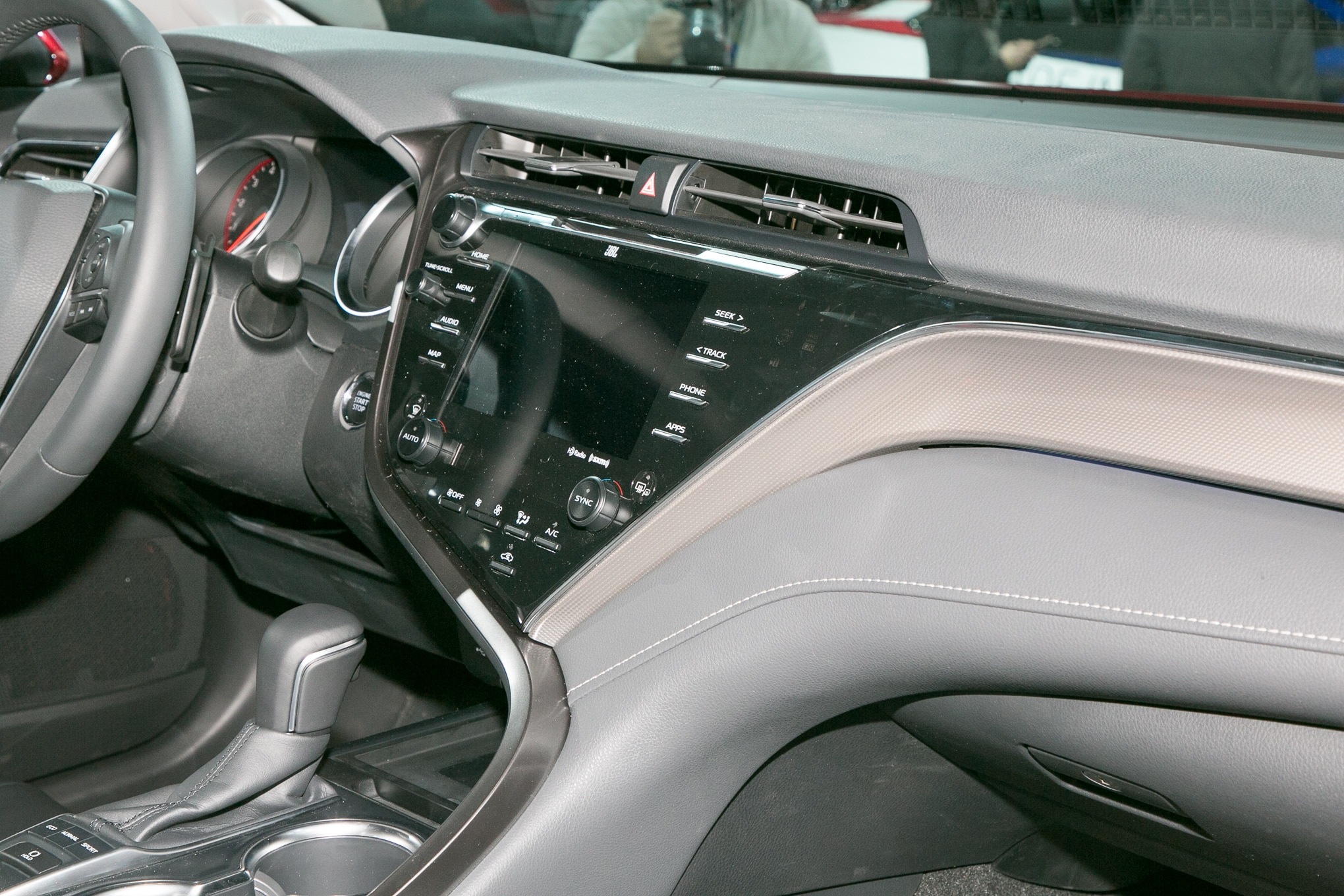 2018 toyota camry interior. Delighful Toyota 09 With 2018 Toyota Camry Interior