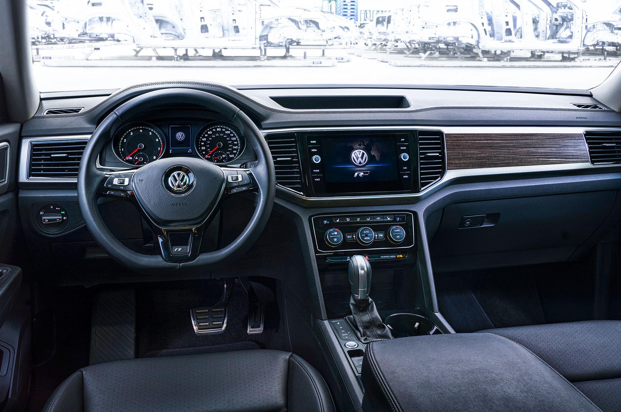 2018 volkswagen atlas interior. beautiful 2018 show more inside 2018 volkswagen atlas interior e