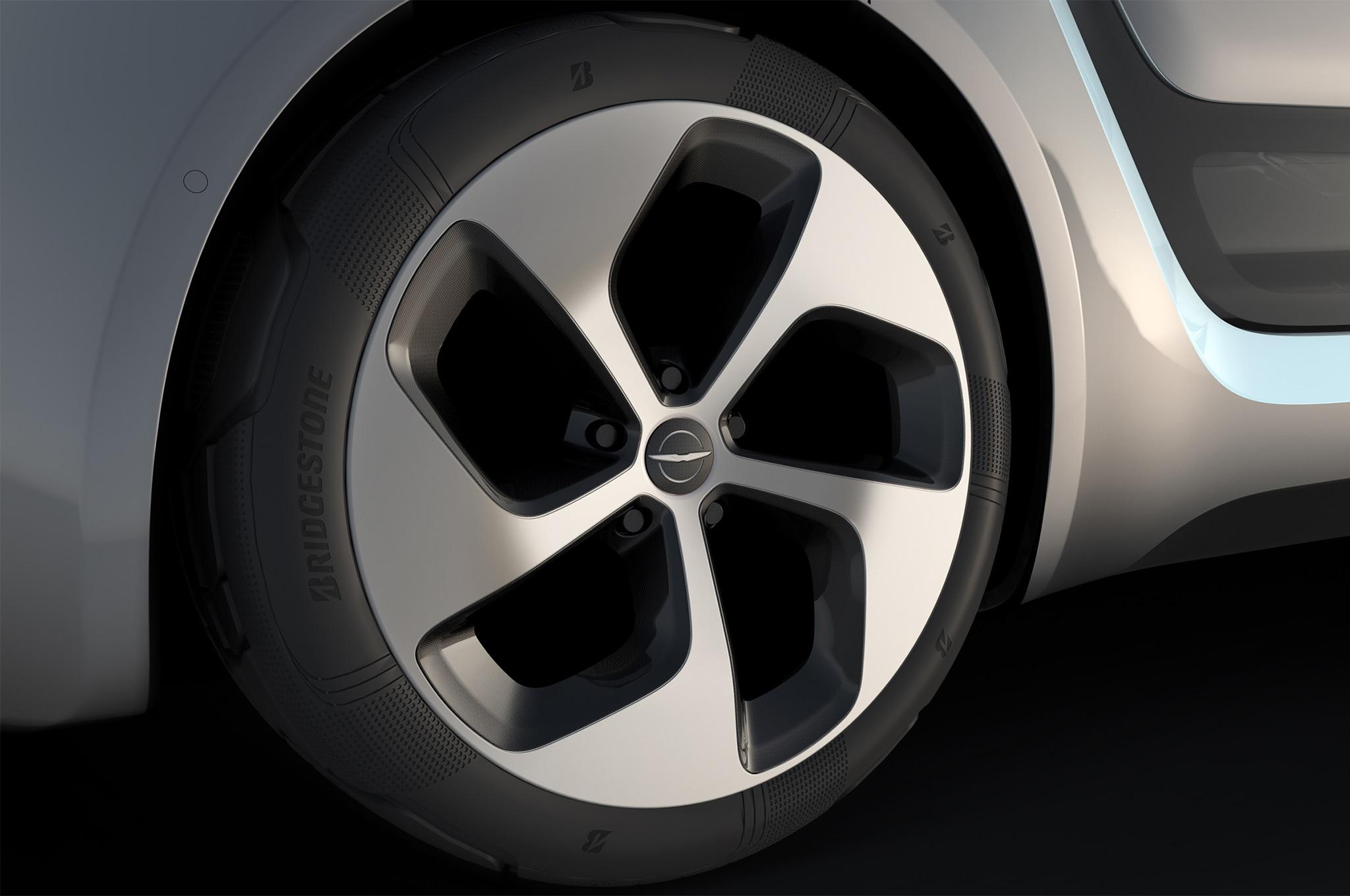 Chrysler Portal Concept Rolls Into Ces Autonomously
