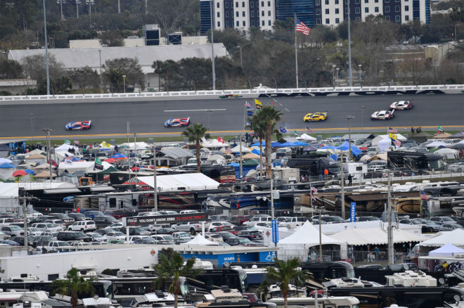 Daytona Crowd