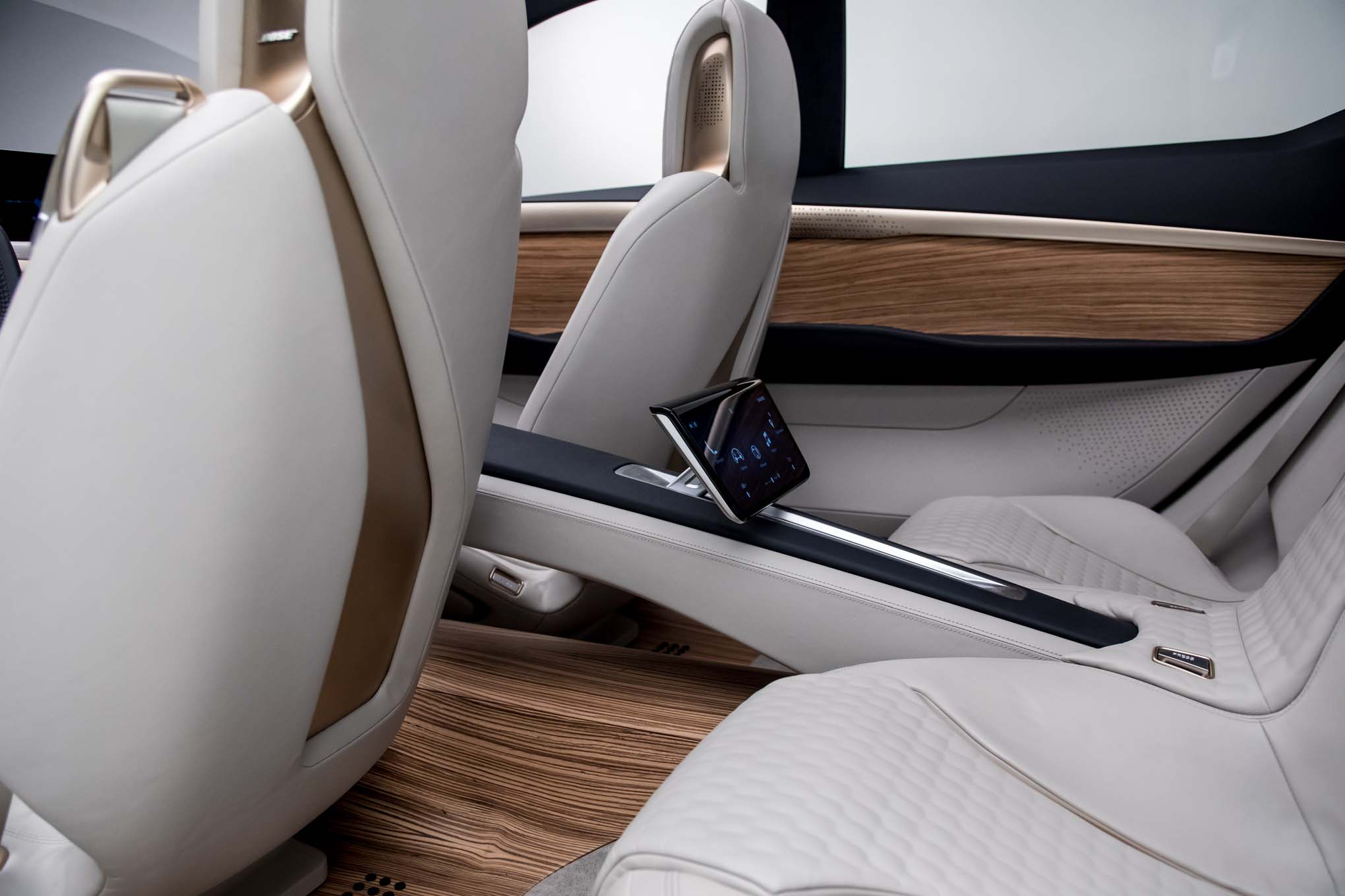 nissan vmotion 2 0 concept previews the next altima automobile magazine. Black Bedroom Furniture Sets. Home Design Ideas