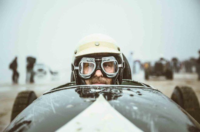 The Race of Gentlemen 01