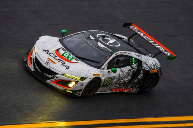 Acura Nsx Gt3 At Rolex 24 Hour On Track 93 Solo 660x438