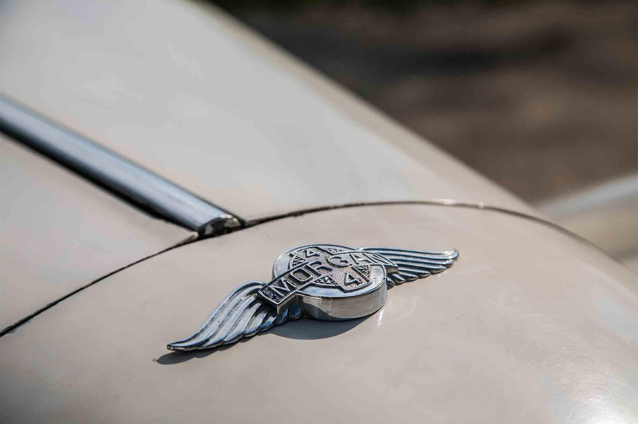 1963 Morgan 4 4 Badge 02