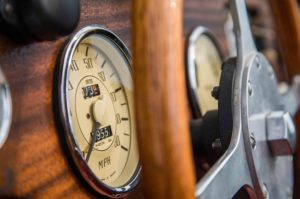 1963 Morgan 4 4 dashboard gauge 02