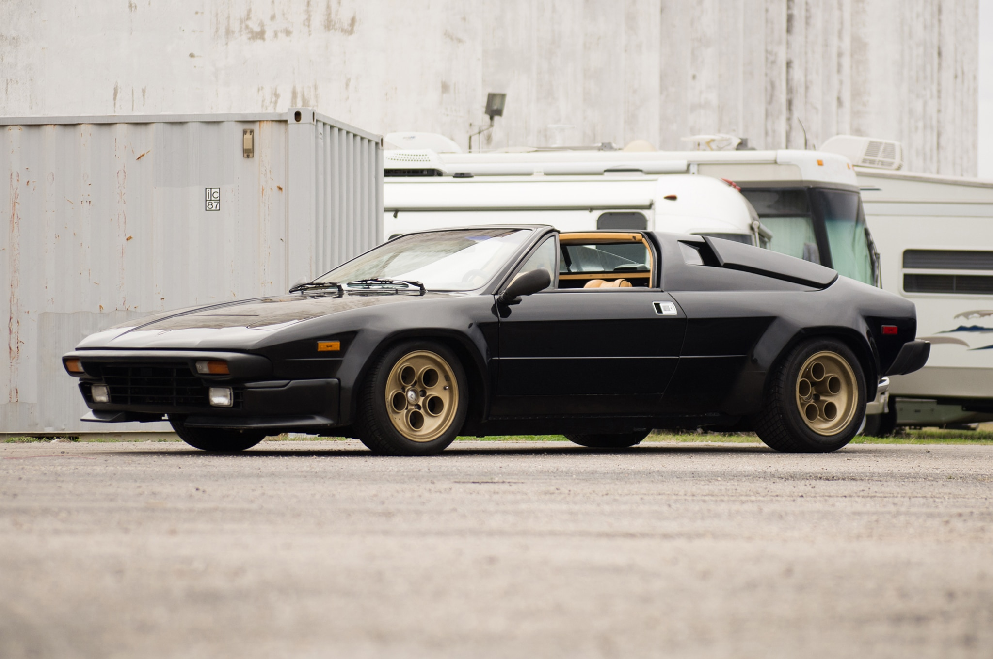1988 Lamborghini Jalpa Just Listed Front Three Quarters
