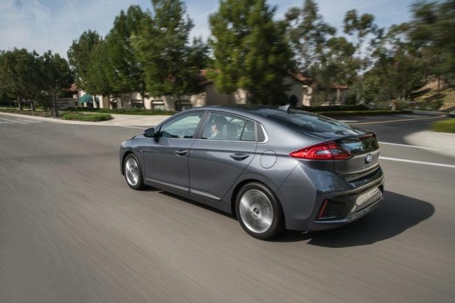 2017 Hyundai Ioniq Hybrid 117