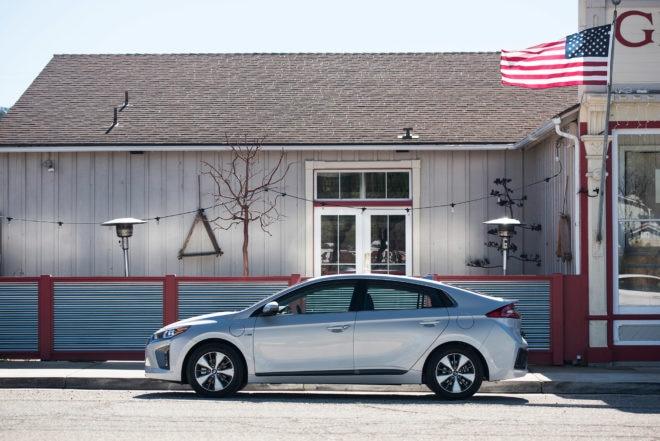 2017 Hyundai Ioniq Santa Barbara 13