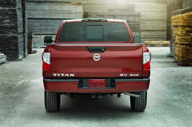 2017 Nissan Titan King Cab rear view