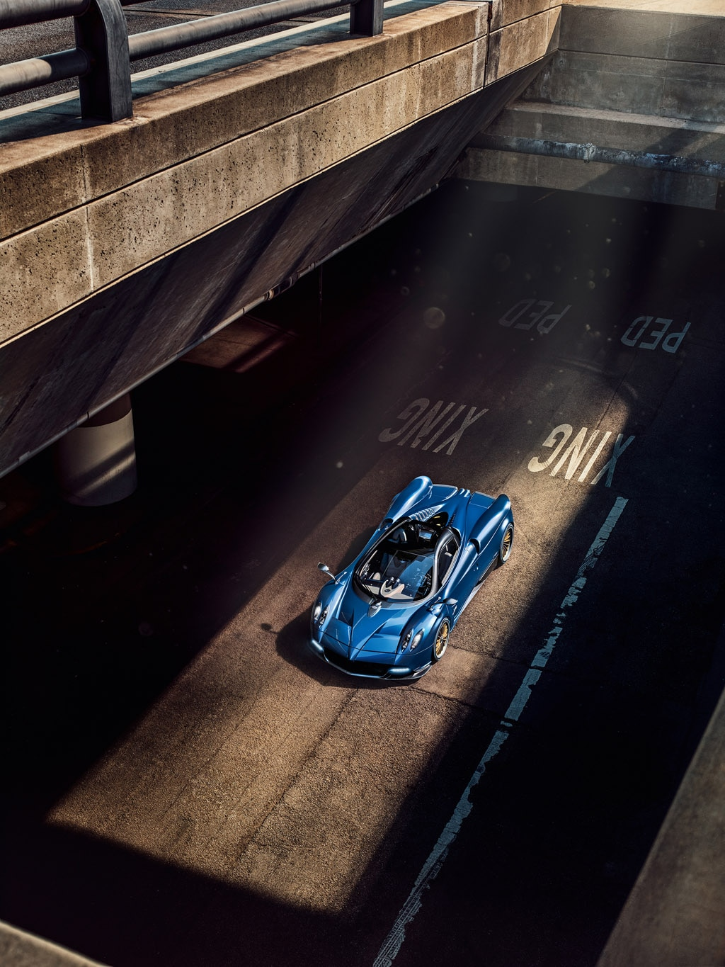 DS pagani huayra roadster : Pagani Huayra Roadster Arrives with 764 Horsepower | Automobile ...
