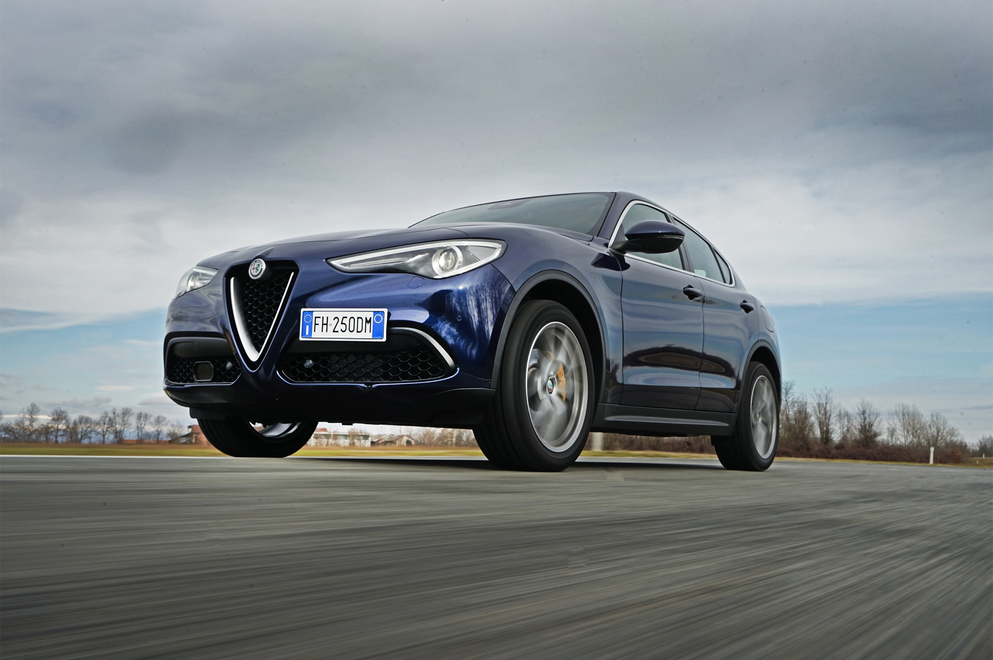 2018 Alfa Romeo Stelvio Q4 Front Three Quarter In Motion 02 1