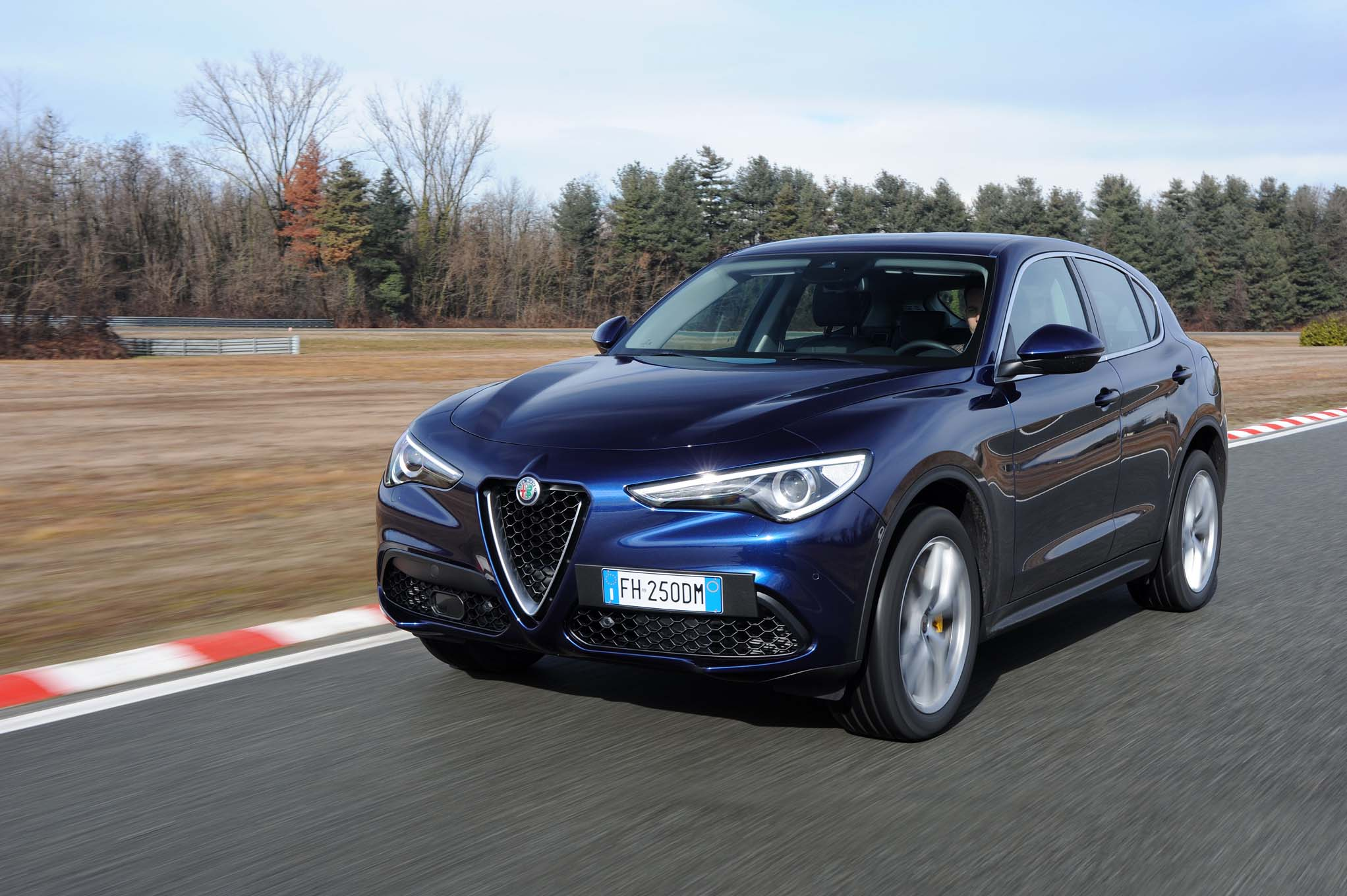 2018 alfa romeo stelvio q4 first drive review. Black Bedroom Furniture Sets. Home Design Ideas