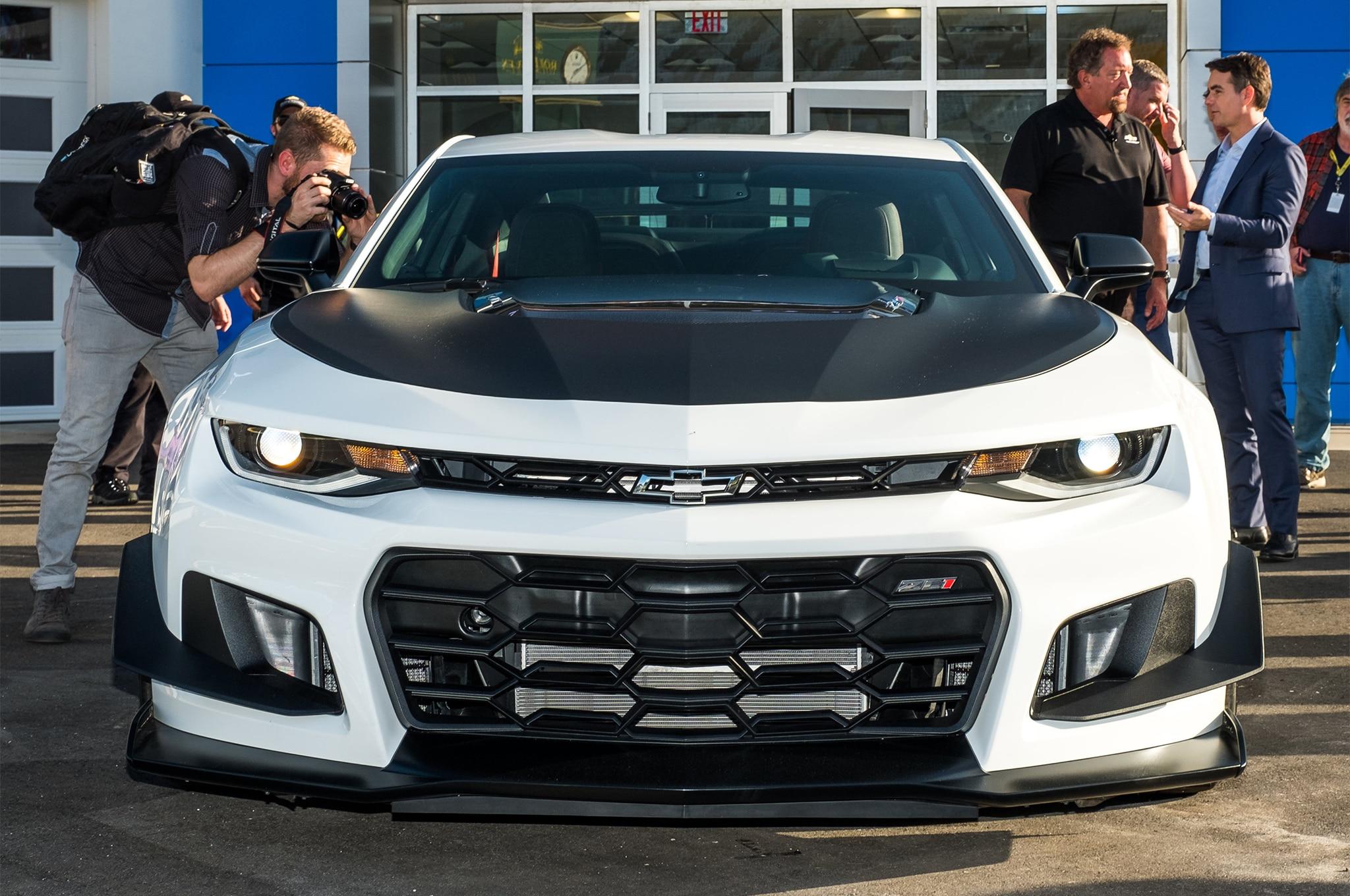 Say Hello To The 2018 Chevrolet Camaro Zl1 1le