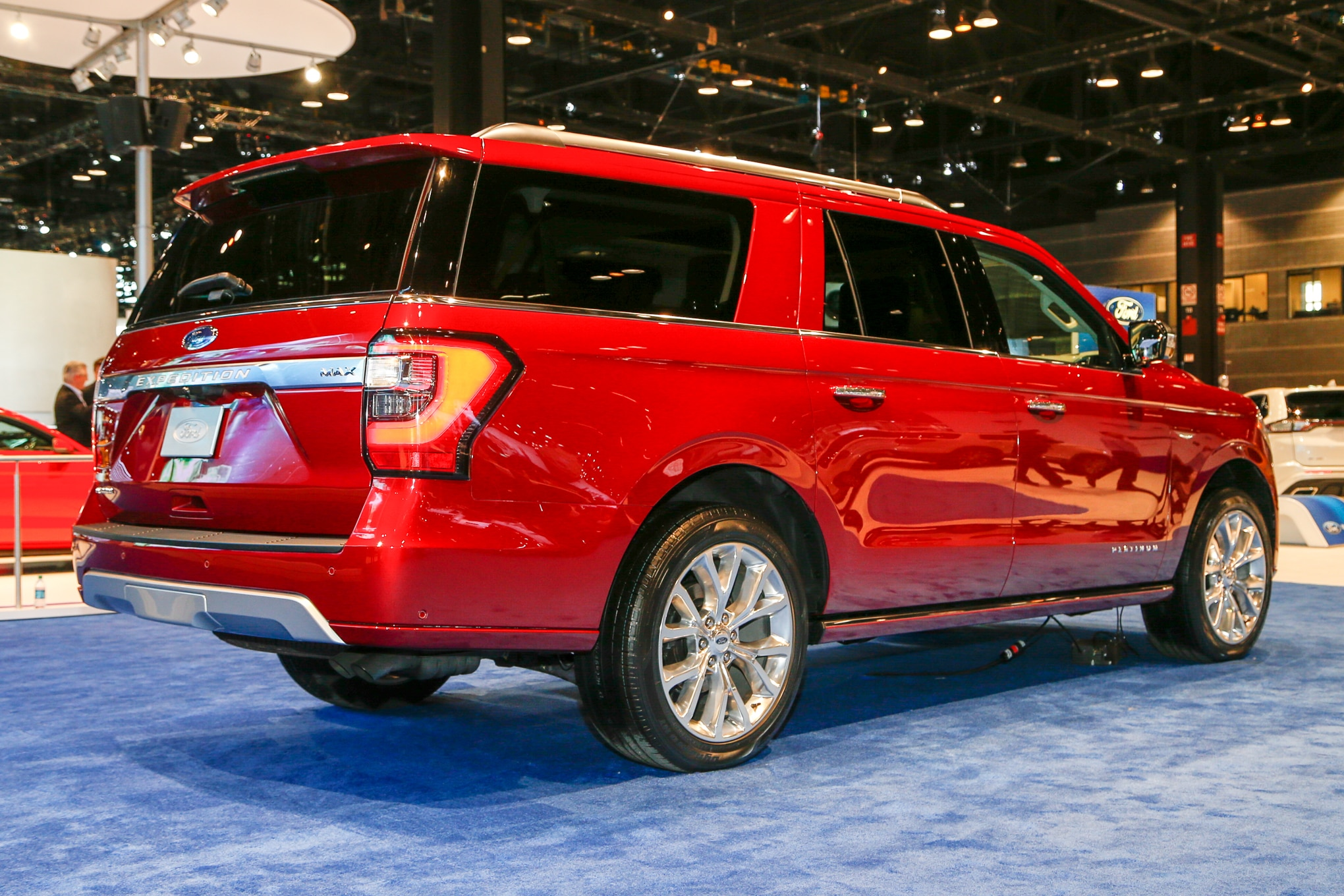 2018 ford expedition xl. delighful 2018 new to the expedition for 2018 are two nifty minivanesque features a  sliding secondrow seat or seats that provide flexible legroom space its  with ford expedition xl