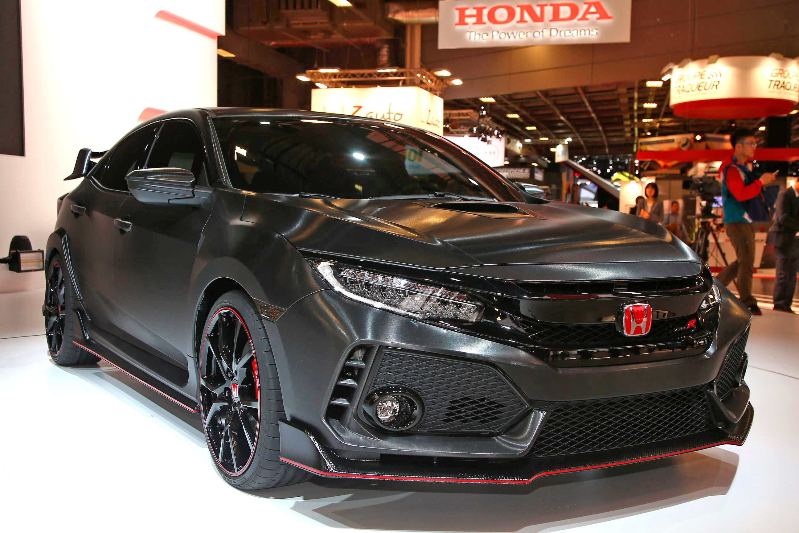 six tech details on the 2017 honda civic type r to geek out over automobile magazine. Black Bedroom Furniture Sets. Home Design Ideas
