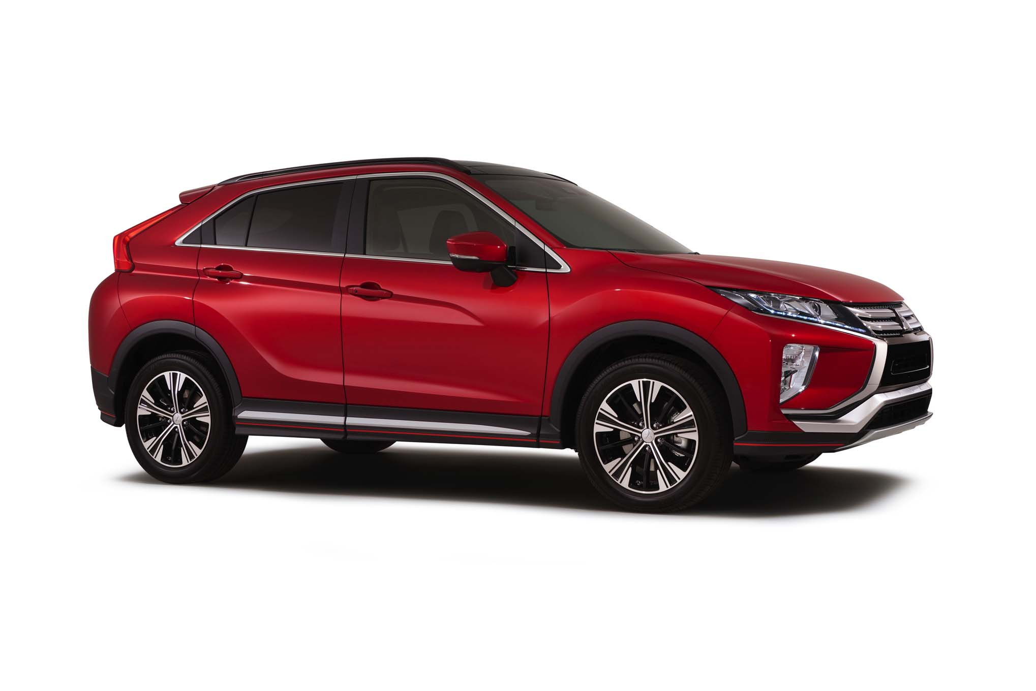 2018 Mitsubishi Eclipse Cross Front Side 1