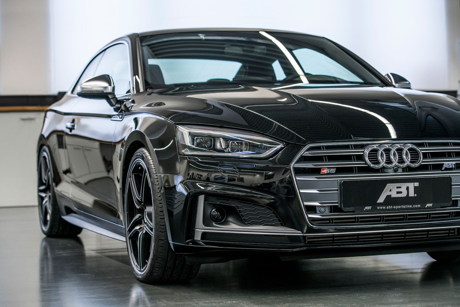 abt sportsline brings 20 more dynamism to 2018 audi s5. Black Bedroom Furniture Sets. Home Design Ideas