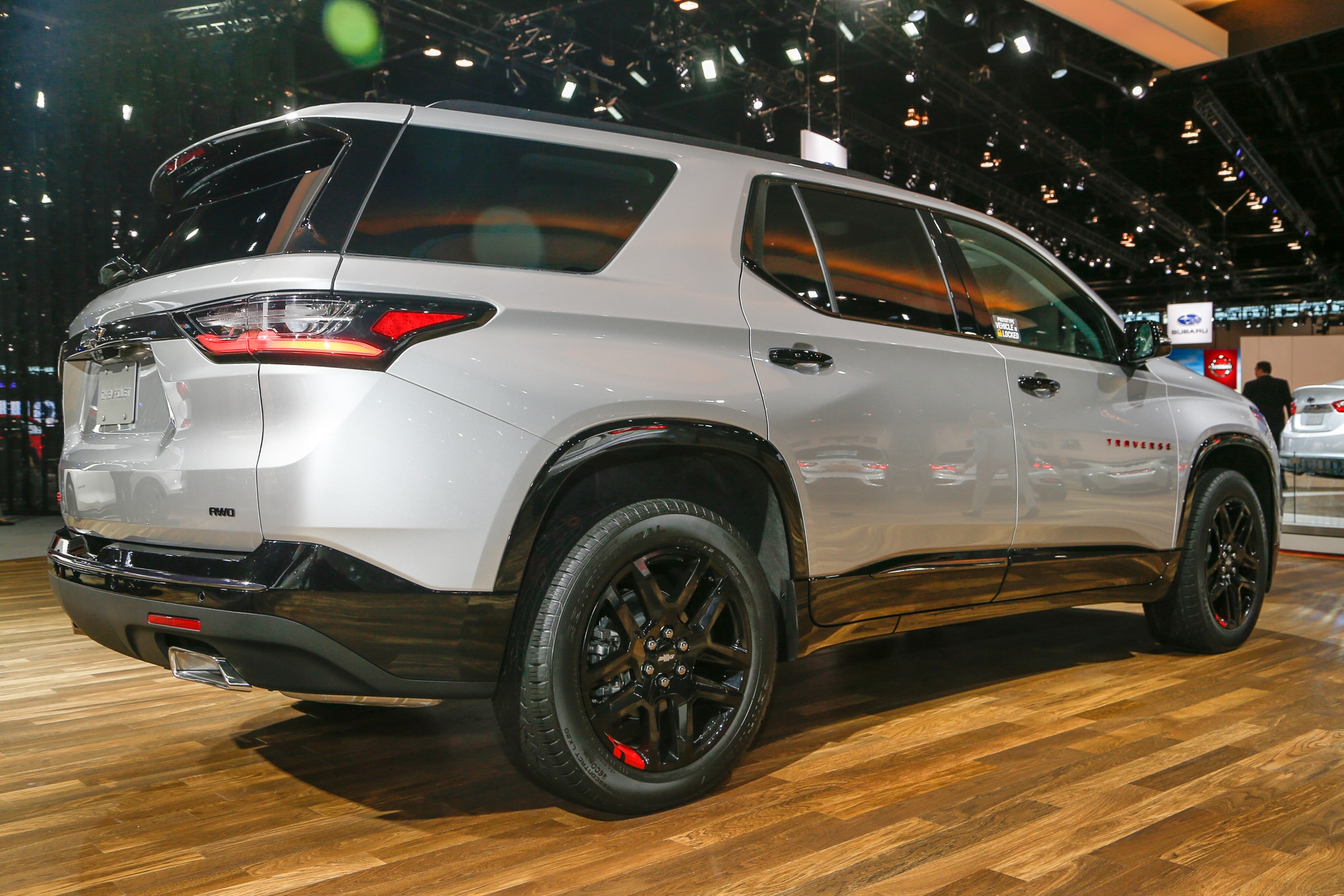 chevrolet redline line edition traverse adds editions rev chicago auto vehicles