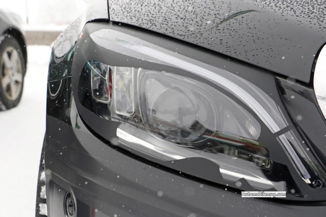 Mercedes Benz C Class Spy Shots Headlight