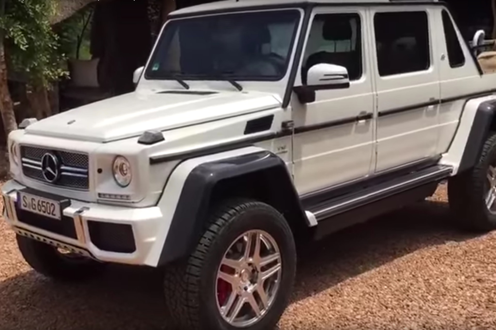mercedes amg s g650 maybach photos and video leaked. Black Bedroom Furniture Sets. Home Design Ideas