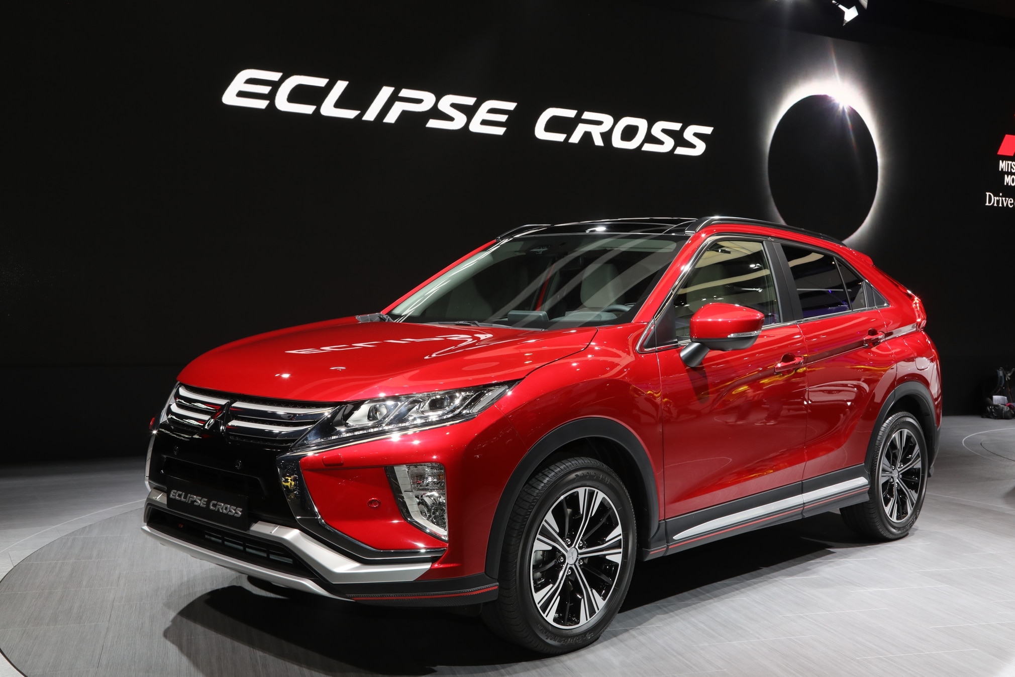 mitsubishi eclipse cross revealed automobile magazine. Black Bedroom Furniture Sets. Home Design Ideas
