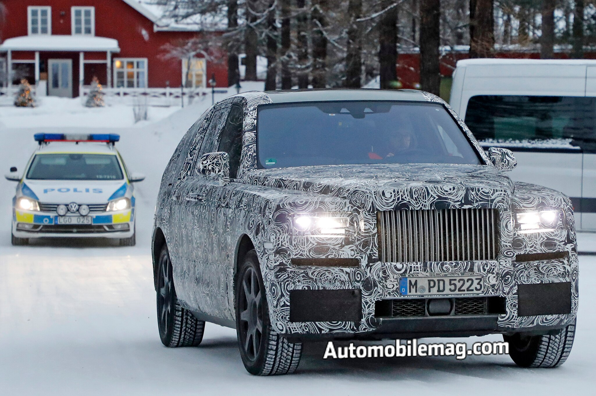 Rolls Royce Cullinan Spyshots Front 3