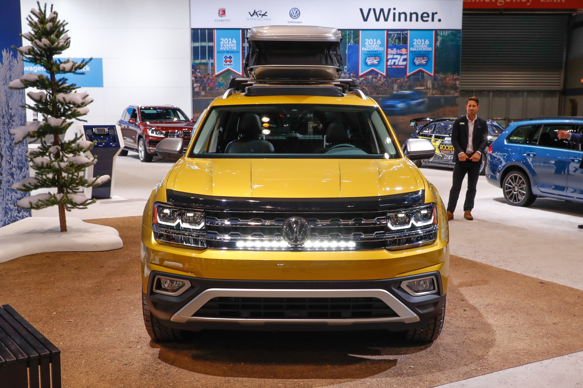 2018 Volkswagen Atlas Weekend Edition Concept is Ready to Road Trip | Automobile Magazine