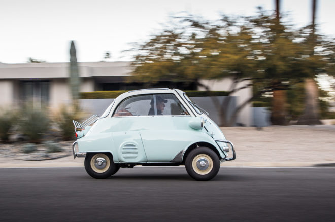 1957 BMW Isetta 300 side profile in motion 1