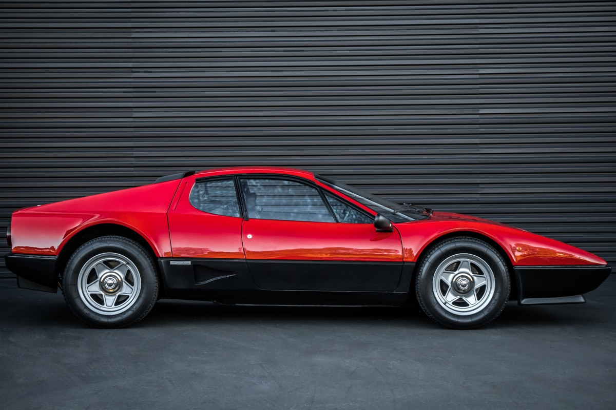 1983 Ferrari 512 BBi Side