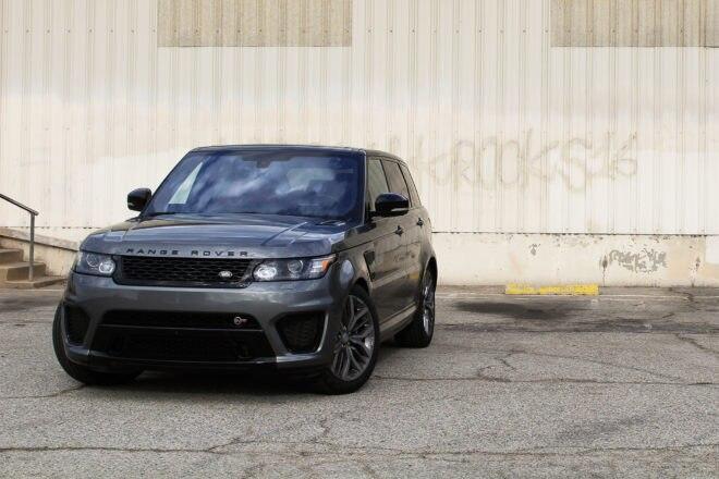 2016 Land Rover Range Rover SVR front end