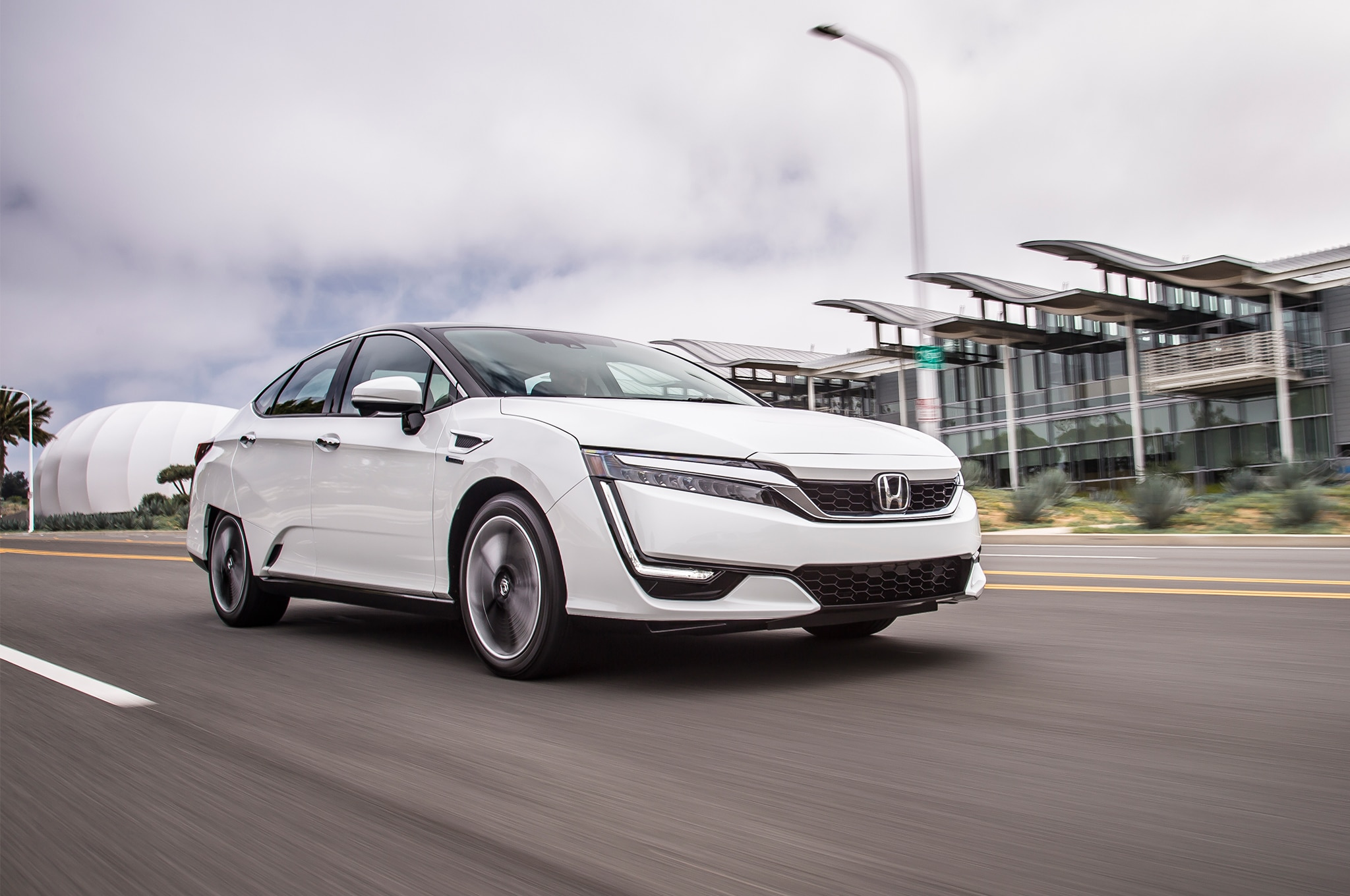 2017 Honda Clarity Fuel Cell Front Three Quarter In Motion 05
