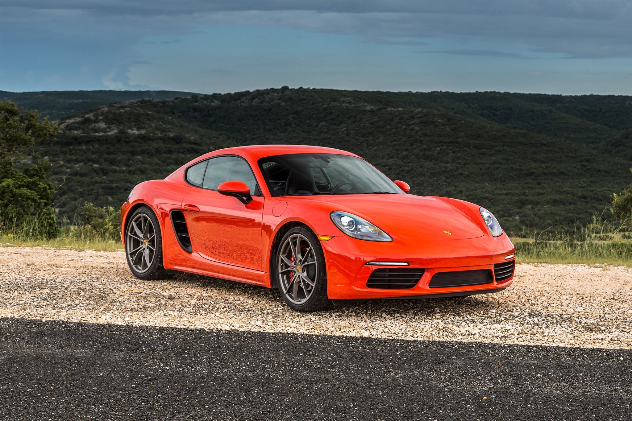 2017 Porsche 718 Cayman Front Three Quarter