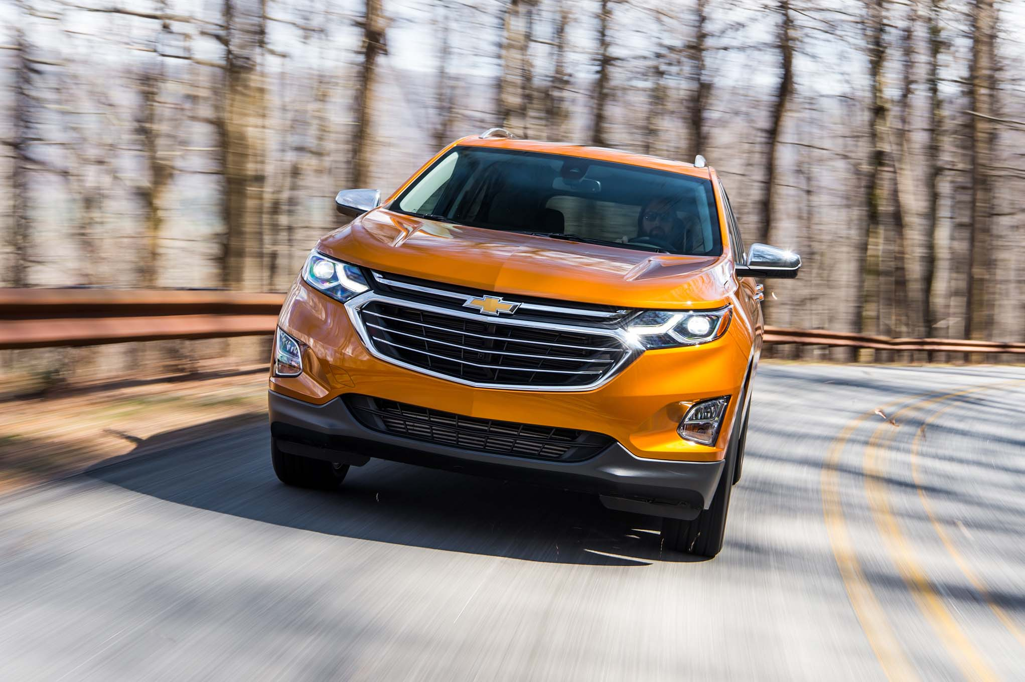 2018 Chevrolet Equinox Front Three Quarter In Motion 27