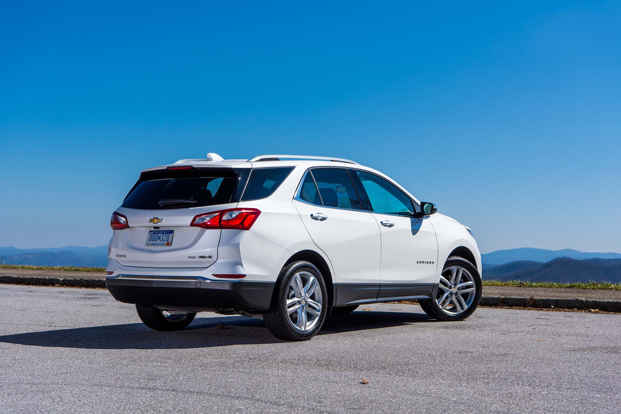 2018 chevrolet equinox pictures. brilliant 2018 show more in 2018 chevrolet equinox pictures r