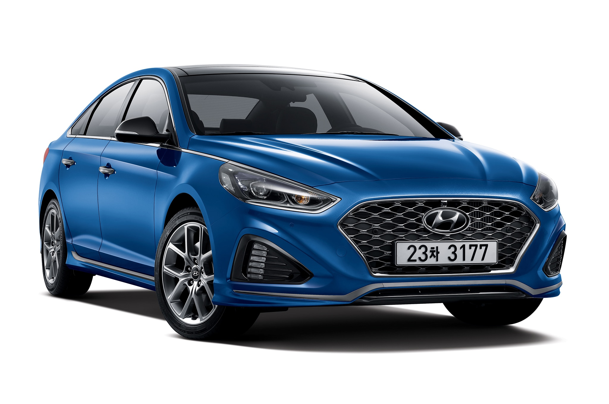 2018 Hyundai Sonata Turbo Korean Spec Front Three Quarter 1