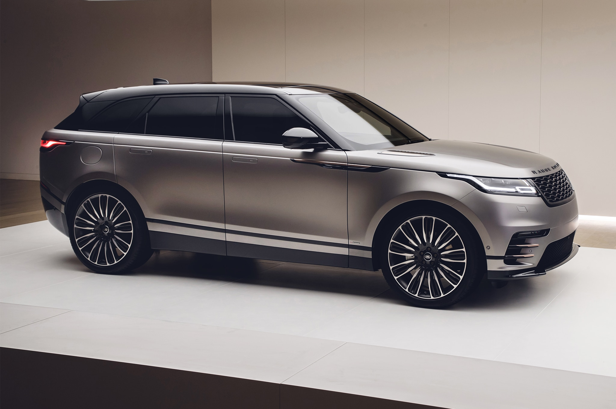 First Look 2018 Range Rover Velar Automobile Magazine