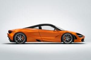 2018-McLaren-720S-side-profile