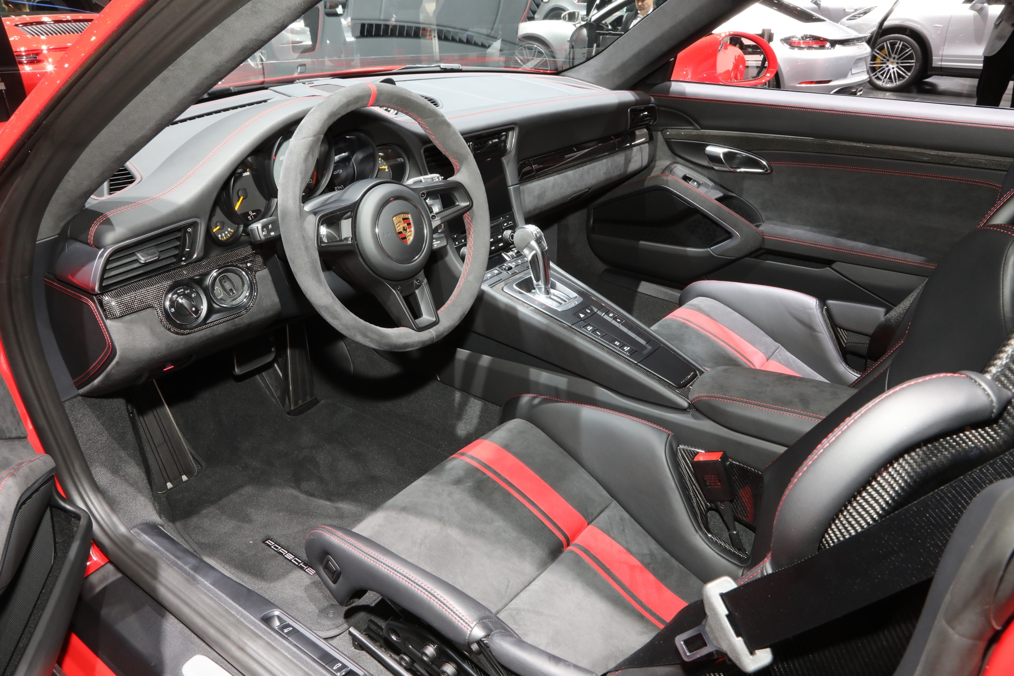 2018-Porsche-911-GT3-interior Interesting Porsche 911 Gt2 and Gt3 Cars Trend