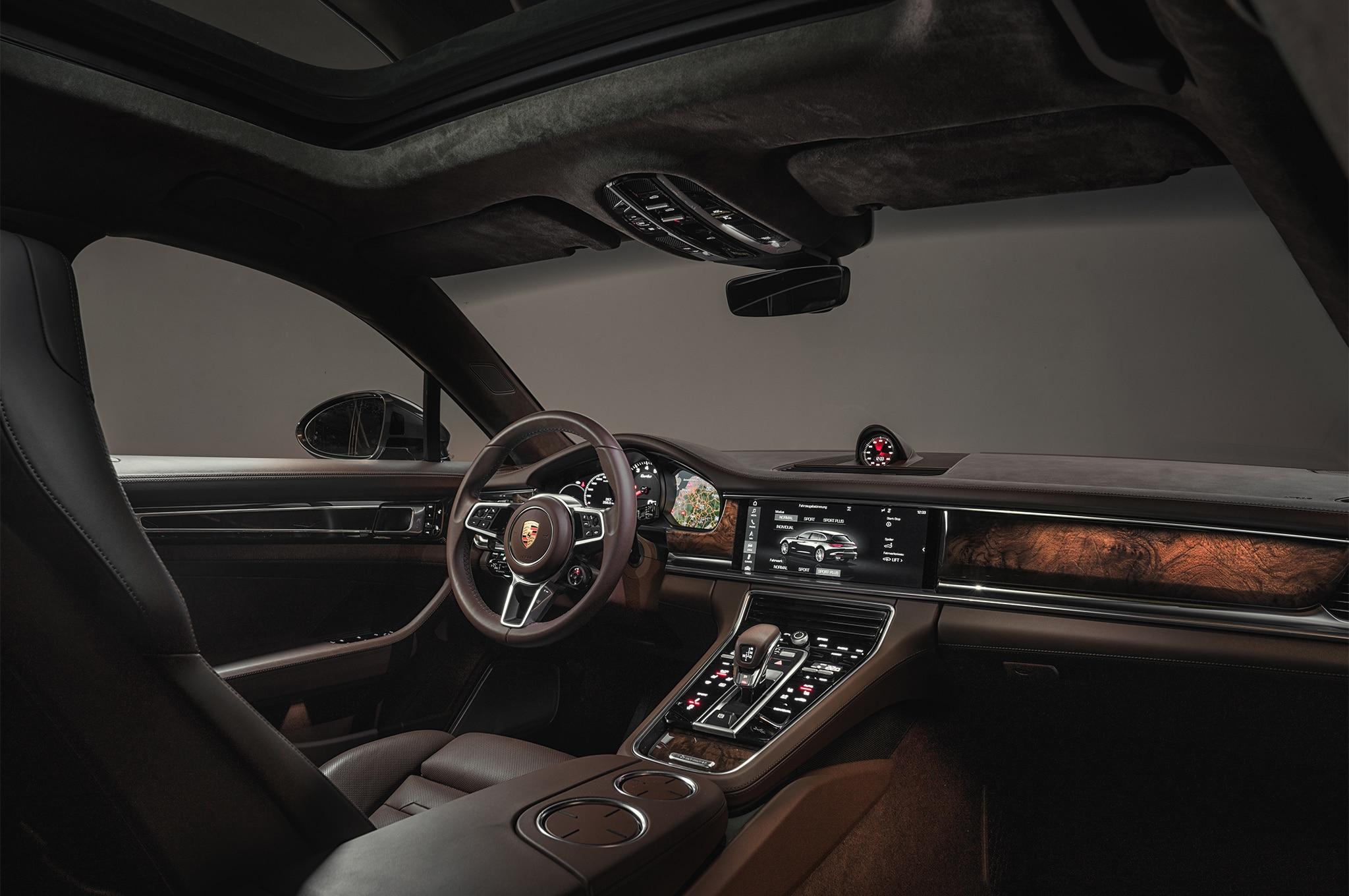 2018 porsche panamera sport turismo unveiled automobile magazine - Turismo interior ...
