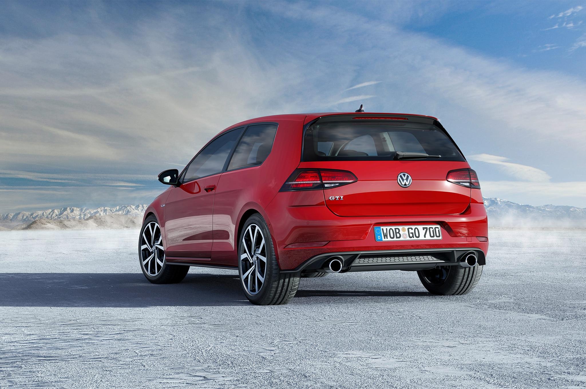 gti golf volkswagen spec european rear facelift vii speed tsi bmt hp drive weight magazine st lb