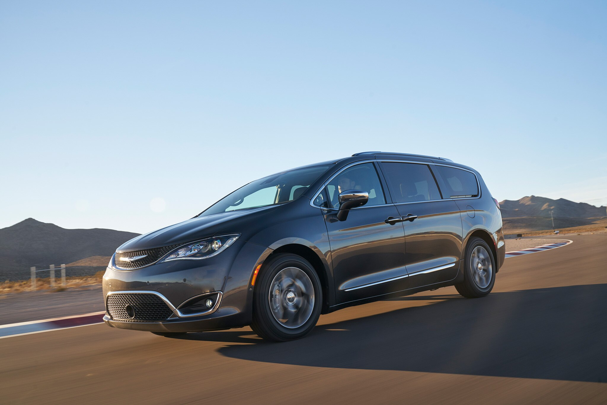 2017 all stars contender chrysler pacifica automobile. Black Bedroom Furniture Sets. Home Design Ideas